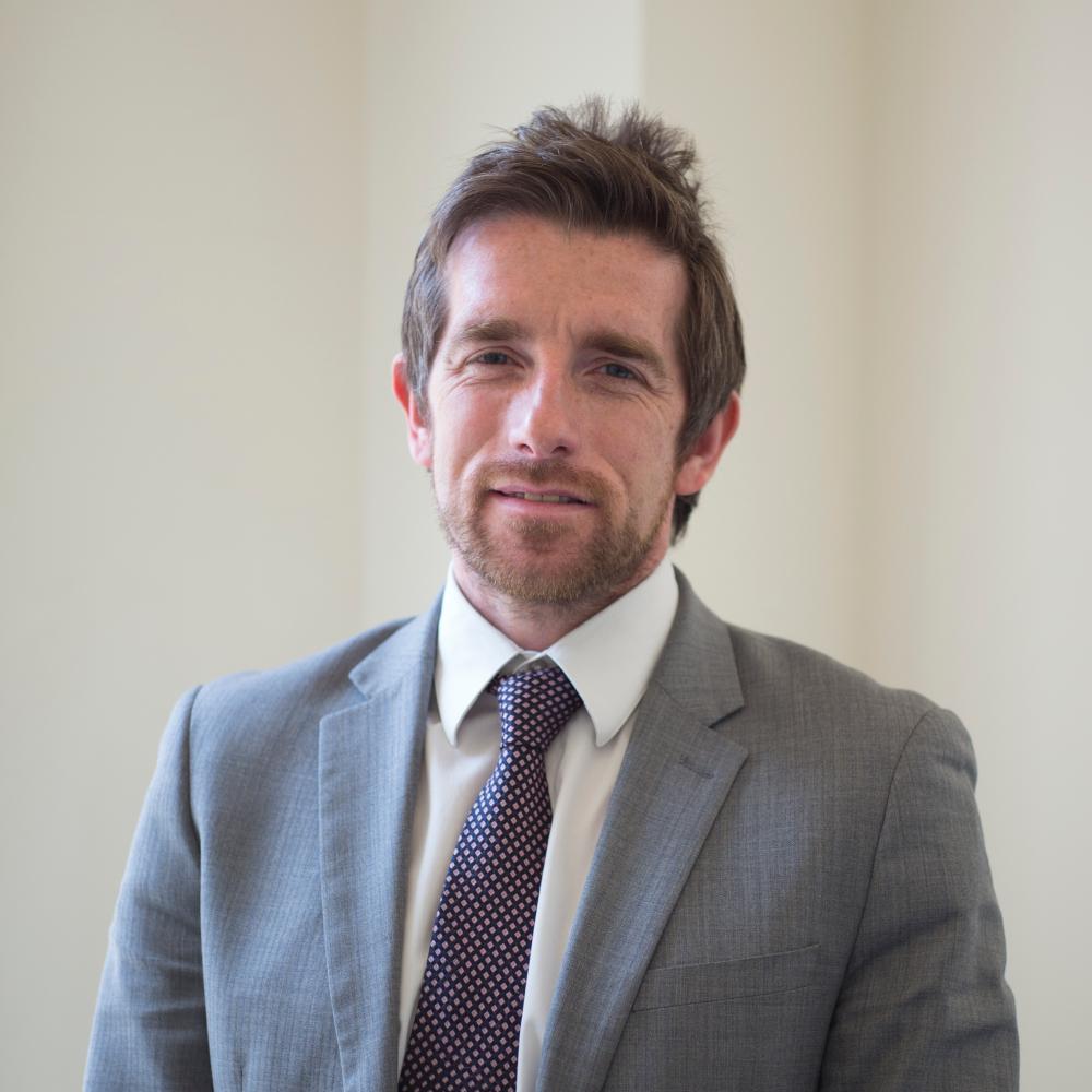 Dr Graeme Atherton